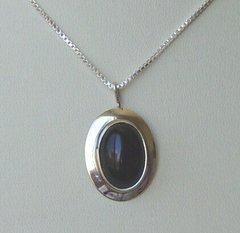 Onyx Oval Pendant 50 % OFF
