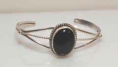 Sterling Silver Twist Wire - Onyx Oval - Bracelet
