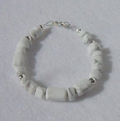 Howlite Bracelet with Silver Beads