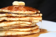 Pancakes with syrup (Serves 10)