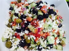 Mediterranean Salad (Serves 10)