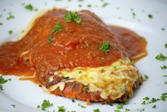 Chicken Parmigiana (Serves 10)