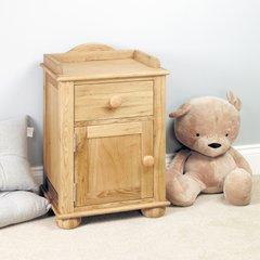 Baumhaus AMELIE Oak Bedside Cabinet (one door one drawer)