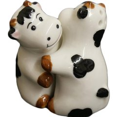 Hugging Cows Cruet Salt & Pepper set