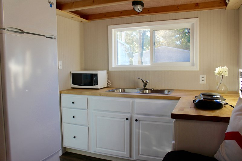 20 chic shack model teal tiny house on wheels