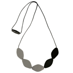 Large Tulip Bead Necklace - Black/Grey