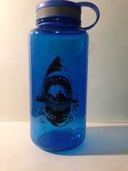 Attack Hunger 32oz Sharkstyle Water Bottle