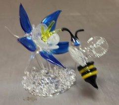 Mini Bee Spring Scene