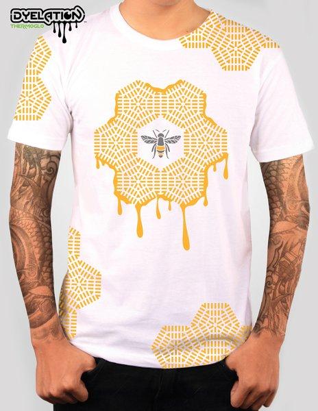 """""""Honey Bee"""" T-Shirt"""