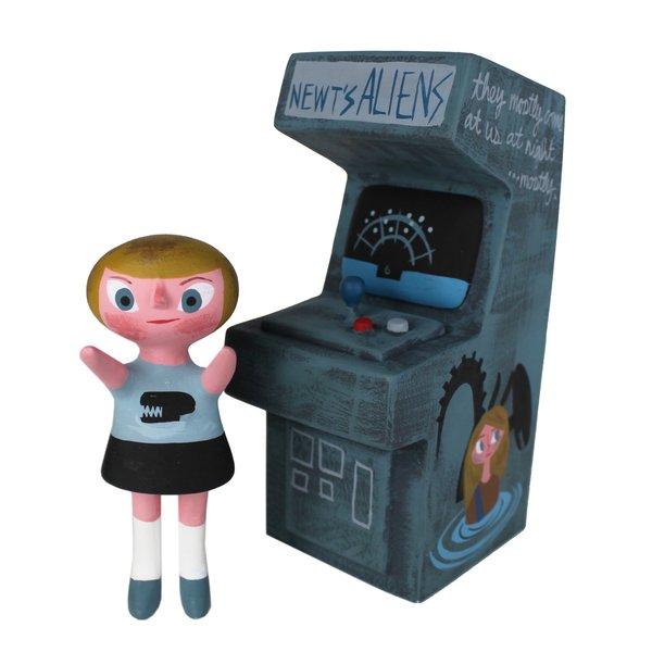 Newt's Aliens arcade set