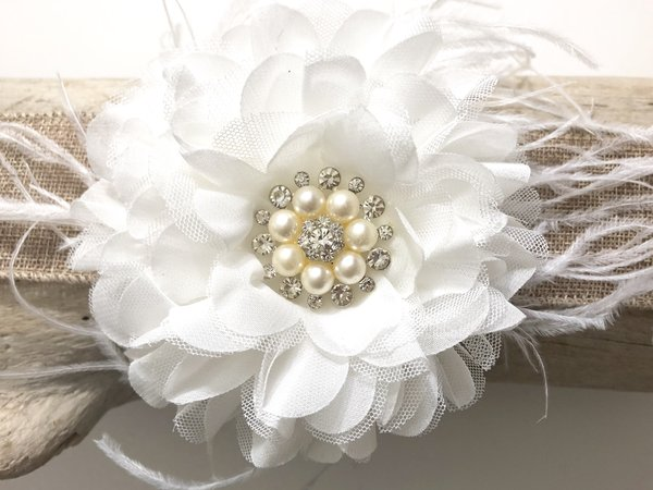 White flower hair clip bridal hair clip vintage hair clip fancy white flower hair fascinator mightylinksfo