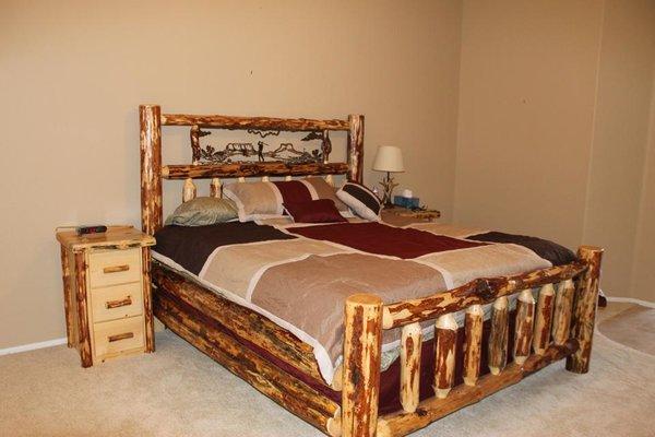 Oregon Metal Art Log Bed Custom Handmade Log Furniture