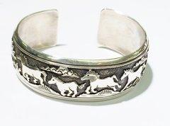 "Silver 3/4"" Bracelet By Thomas Singer"
