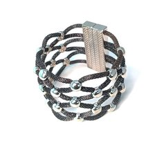 Crush Magnet Bracelet
