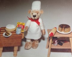 Chef Bearardee ( Biddy Bears)