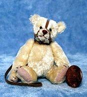 Muzzle Bear  SPECIAL (Emily Farmer)