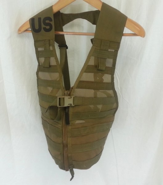 Fighting Load Carrier (FLC) In Coyote Brown - NEW