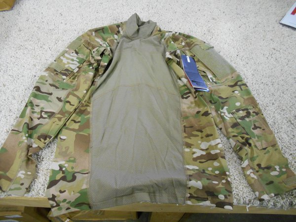 FR Combat Shirt original style by MASSIF -- new and light use