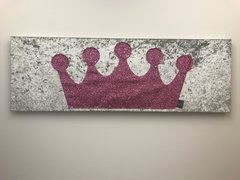 showroom stock - large pink princess crown wallart picture