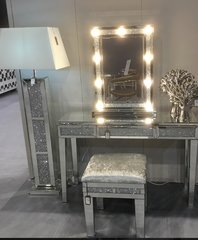 Beautiful Crystal Crackle 9 led with dimmer makeup/ vanity mirror
