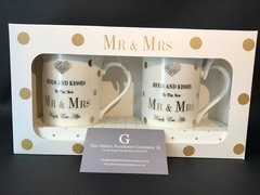 Mr & Mrs sparkle wedding cups - hugs & Kisses to the new Mr & Mrs