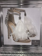 Sparkle wallart - Crystal shoe and white feather design