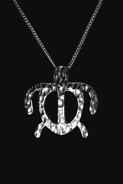 Sterling silver honu pendant with chain sockeyesilver small silver honu pendant aloadofball Image collections