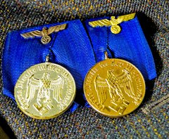 EXTREMELY NICE QUALITY WWII GERMAN LONG SERVICE MEDAL GROUPING WITH MOUNT