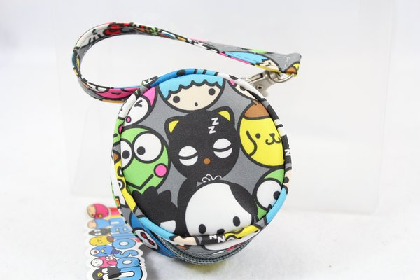 Ju-Ju-Be x hello kitty Paci Pod in Hello Friends - PLACEMENT A Chococat