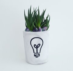 Cement Planter - Light Bulb