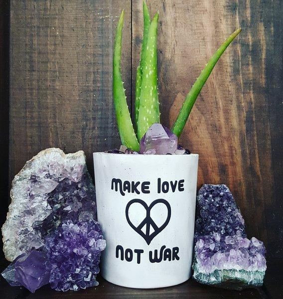 Cement Planter - Make Love Not War