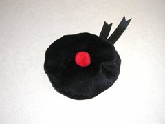 Dog Hats: Velvet Scottish Beret Balmoral-Style Beret/Tam Hat for Dogs