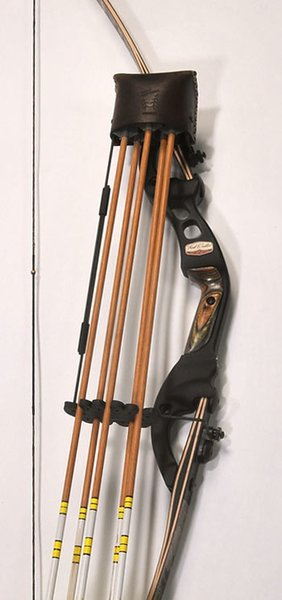 Great Northern Professional Bow Quiver Longbow Strap On