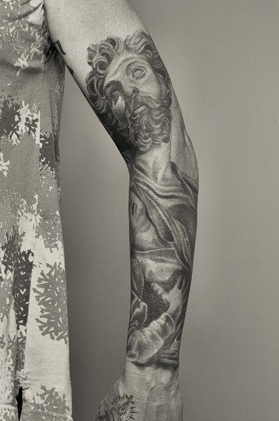 East: Tattoo 0170