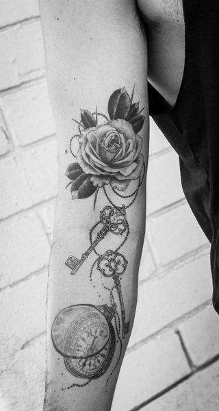Dr. Woo: Tattoo 0351
