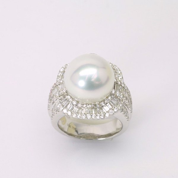 18K W/G Diamond South Sea Pearl Ring