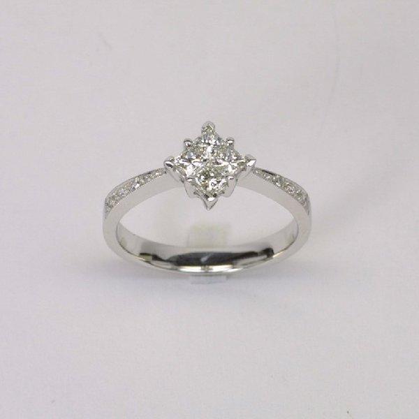 14K W/G Diamond Ring