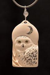 SNOWY OWL PENDANT