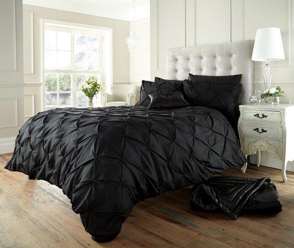 Alford black duvet cover