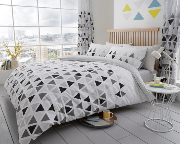 Geo Triangle grey duvet cover