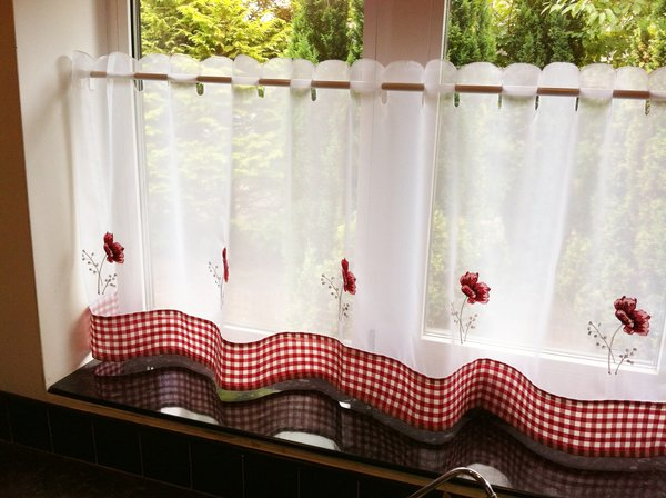 Poppies ready made cafe curtain panel