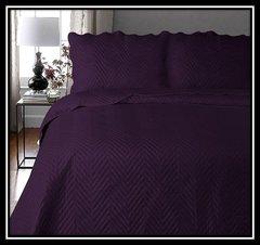 Arcade aubergine 3 piece bedspread