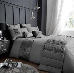 Lush silver grey duvet cover