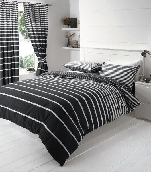 Linear black duvet cover