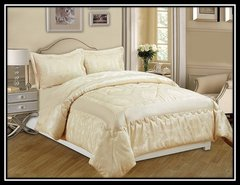 Cream Betty 3 piece bedspread