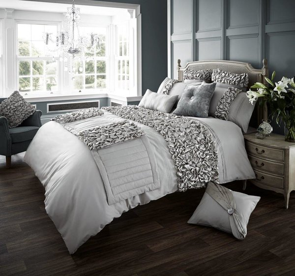Verina silver grey duvet cover