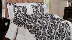 White Lisa 3 piece bedspread