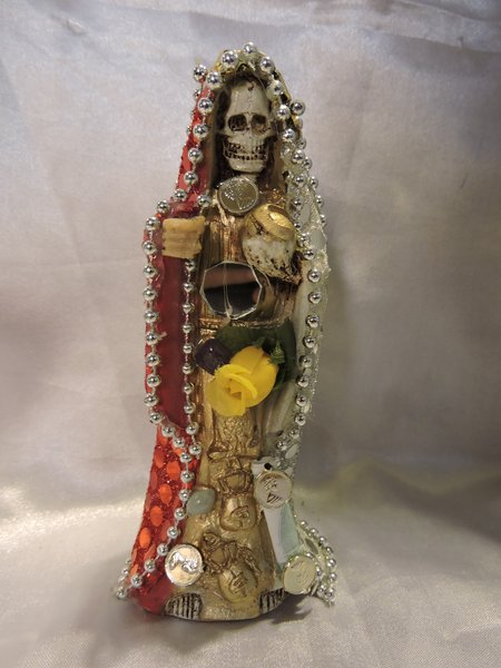 Santa Muerte Vesida 3 Colores - 3 Color Dressed Holy Death