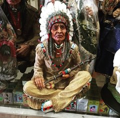 Indio con su pipa - Indian with removable pipe
