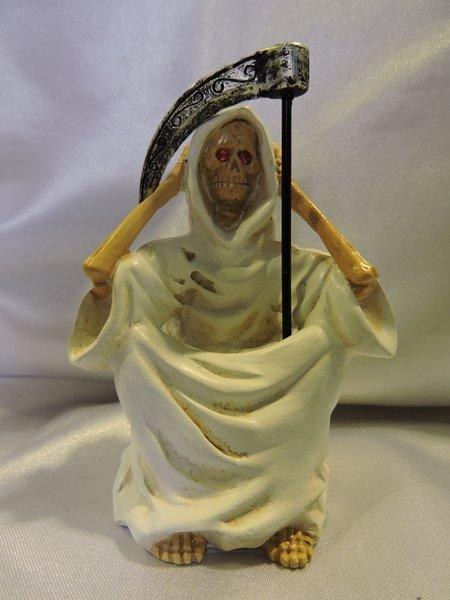 Santa Muerte Blanca No Escuchar - White Holy Death Hear No Evil